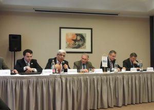 """Zástupci zemí V4 se spolu s dalšími odborníky sešli nad tématem """"demokracie a rozvoj"""""""