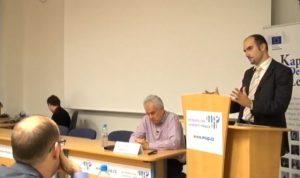 Profesor Lant Pritchett v Praze varoval před úzkým pohledem na rozvojové cíle
