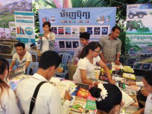 ČRA podporuje spolupráci univerzit a zaměstnavatelů v Kambodži