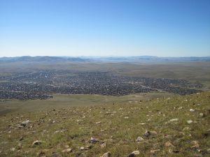 pohled-na-jurtoviste-na-okraji-mesta-erdenet